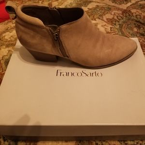 FRANCO SARTO Tan ANKLE BOOTS  7 1/2
